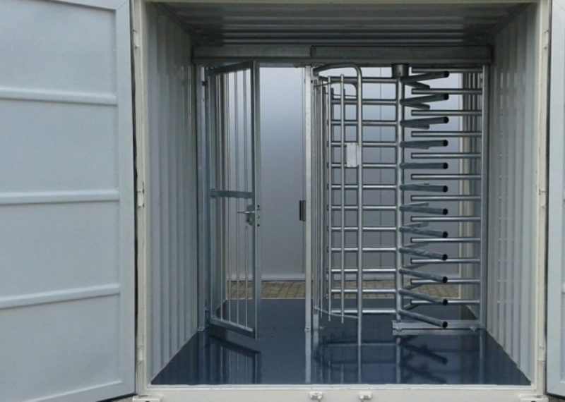 TURNSTILE IN CONTAINER