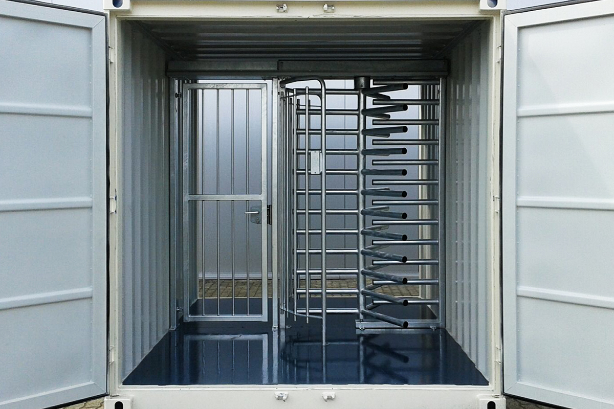 tourniquet-in-container